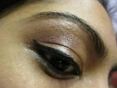 Cómo maquillarse los ojos con kohol