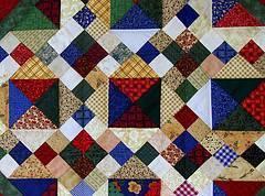 Mantel reciclado de pañuelos y retazos de tela
