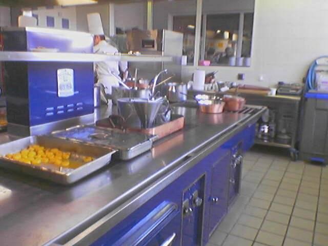 Trucos para la limpieza de la cocina y sus utensilios for Instrumentos de cocina profesional
