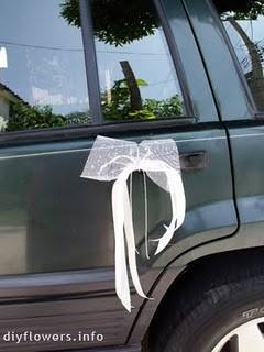 Decoración para el coche de los novios