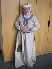 Diseños de trajes medievales