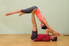 yoga pareja
