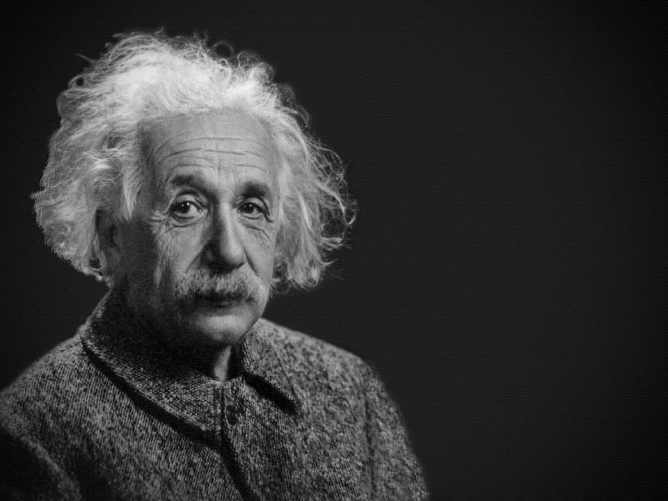 50 Frases Célebres De Albert Einstein 10 Frases Citas Y