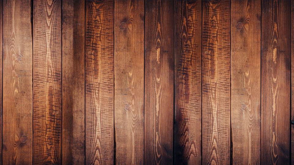 Trucos para limpiar madera c mo limpiar superficies de for Lavado de muebles de madera