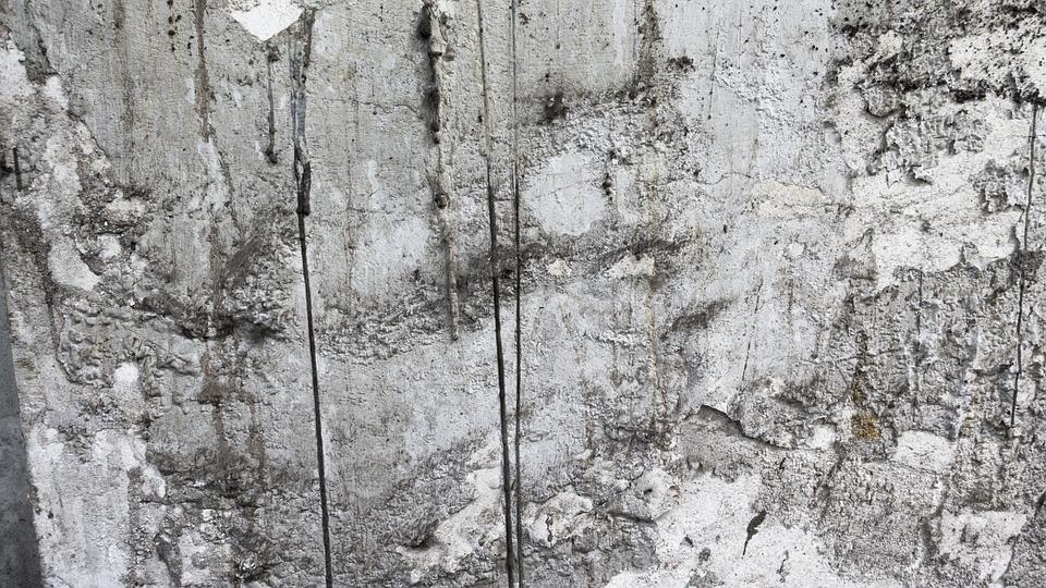 Trucos para limpiar manchas de pintura c mo limpiar for Como quitar manchas de pintura de aceite del piso
