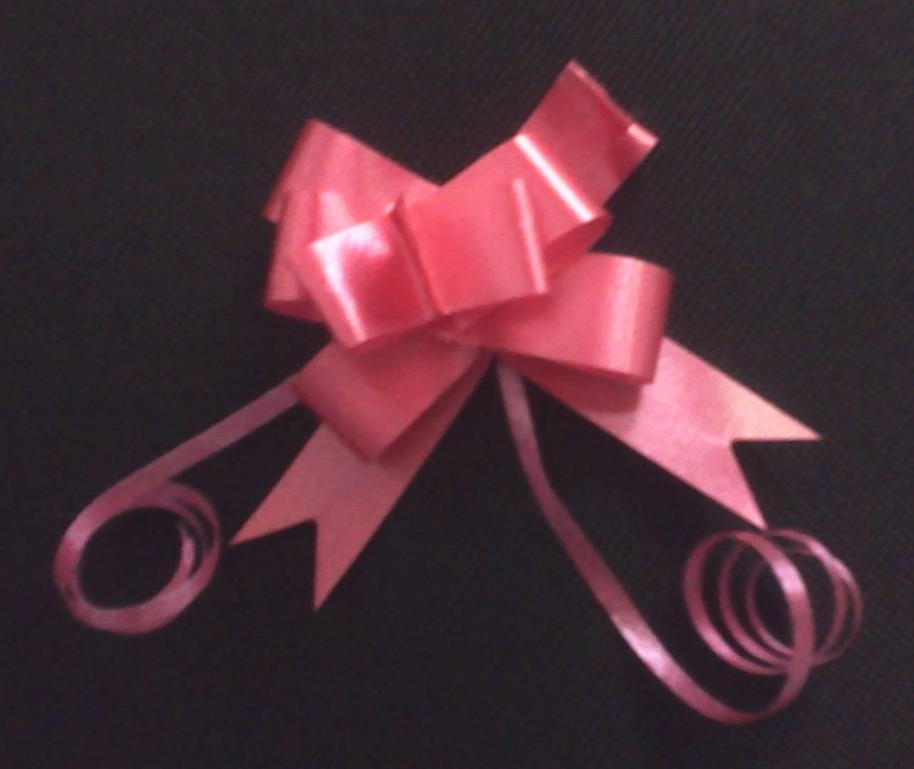 Lazos con cinta de reglo - Cinta para regalo ...