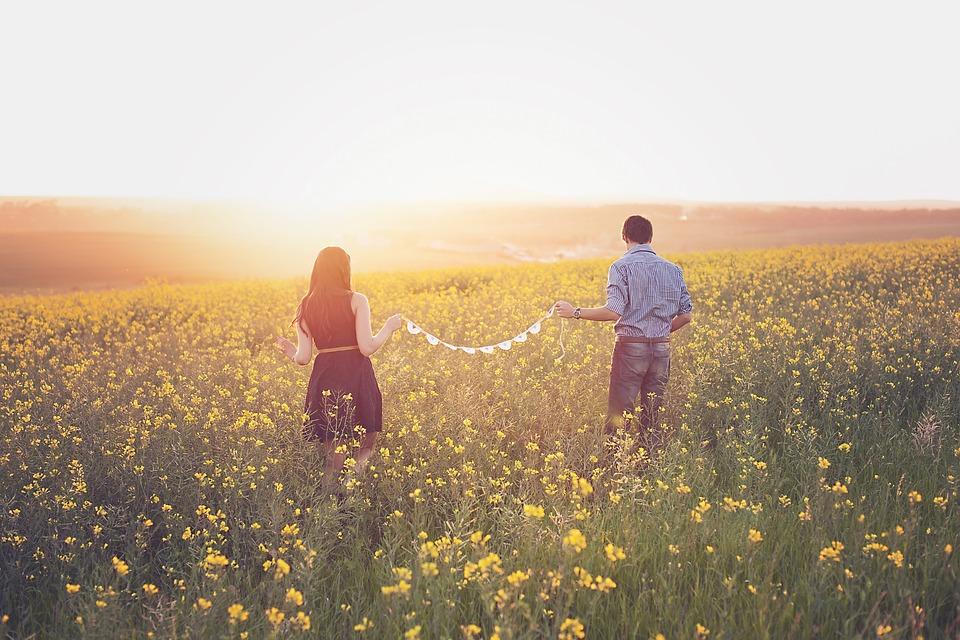 80 Mensajes Cortos De Amor Para Enviar A Tu Pareja Innatiacom