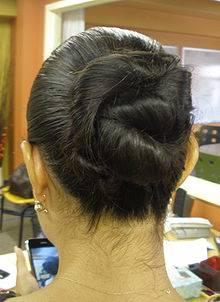 C mo hacer un peinado f cil y bonito en minutos c mo - Peinados de moda faciles de hacer en casa ...