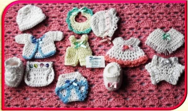 recuerdos para bautizos tejidos a crochet de la mano de Patty