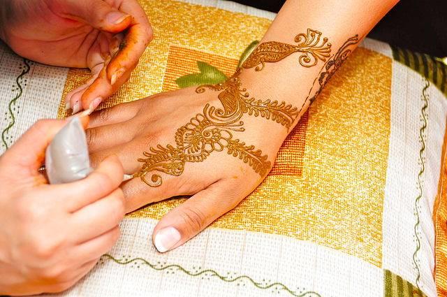 Que Es La Henna Natural Y Como Se Usa Para Tintes Y Tatuajes