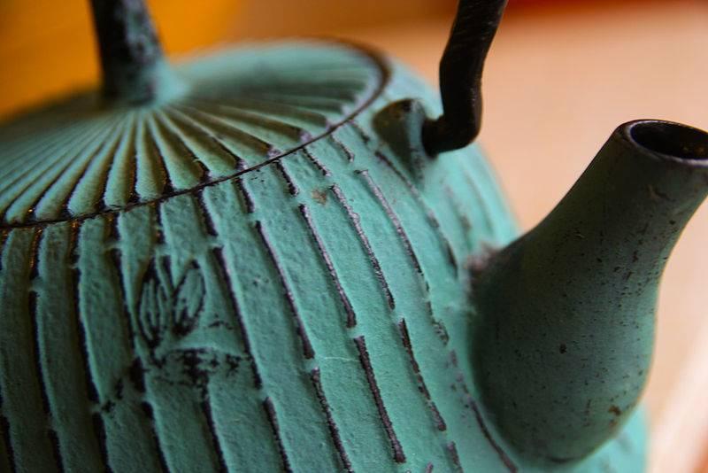 5 trucos para comprar una tetera japonesa de hierro barata - Tetera japonesa hierro fundido ...