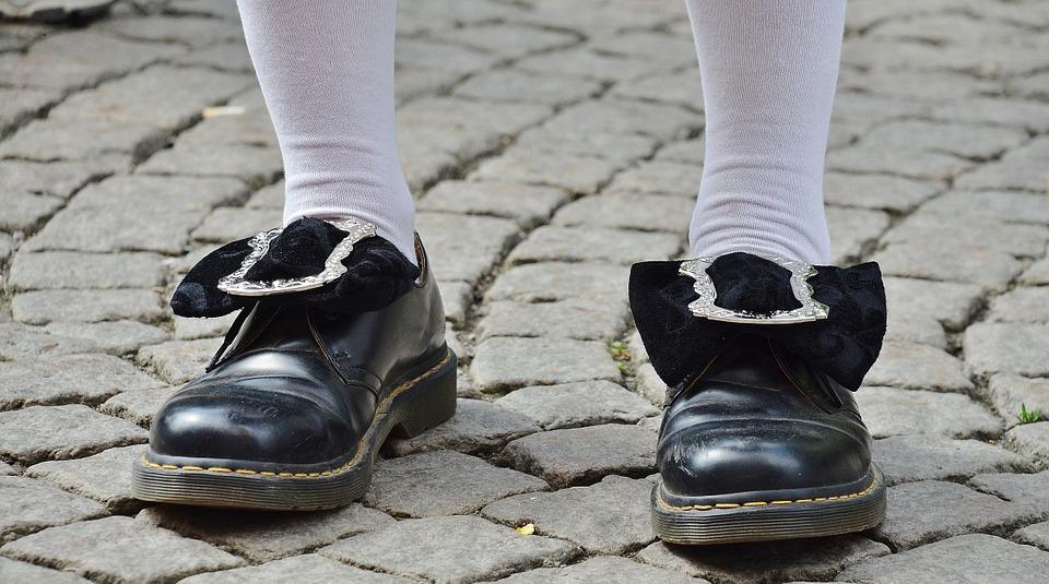 b68c6a20d Cómo limpiar los zapatos    Trucos para limpiar los zapatos ...