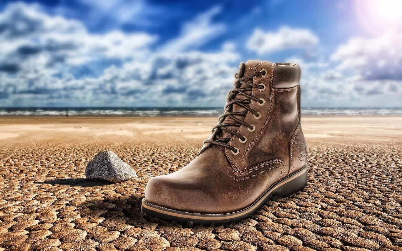 f6d141127ef Cómo limpiar zapatos de ante o piel vuelta