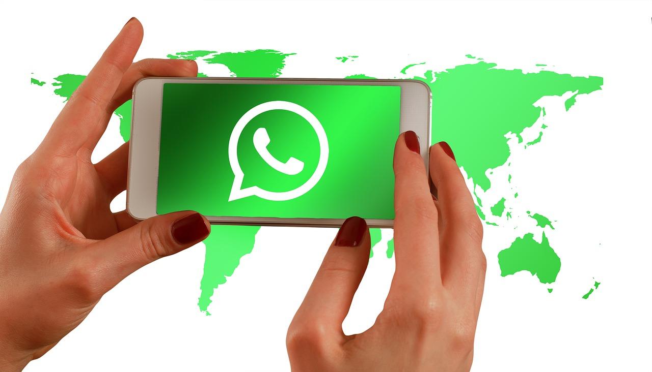 Cosas Chistosas Para Compartir En Whatsapp frases cortas con imágenes bonitas para tu perfil de